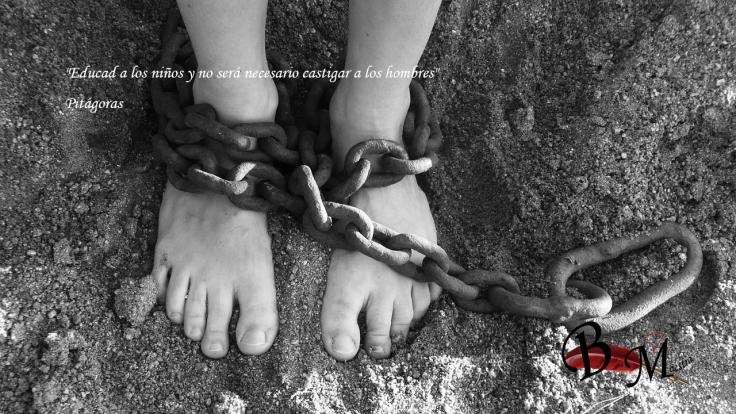 chains-19176_1280 (1)